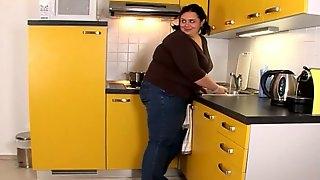 Super fat lady Ivana A is loving that huge penis