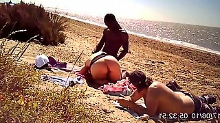 Pawg playing with big black cock on the beach chubby babe