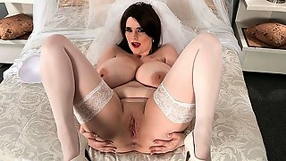 The Fantasy Bride - Tiggle Bitties - Scoreland