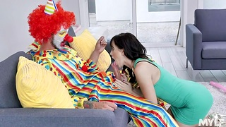 Housewife Alana Cruise is cheating on her cut corners with a handful of unusual clown