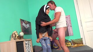 Sexy Muslim babe gets some rod in her